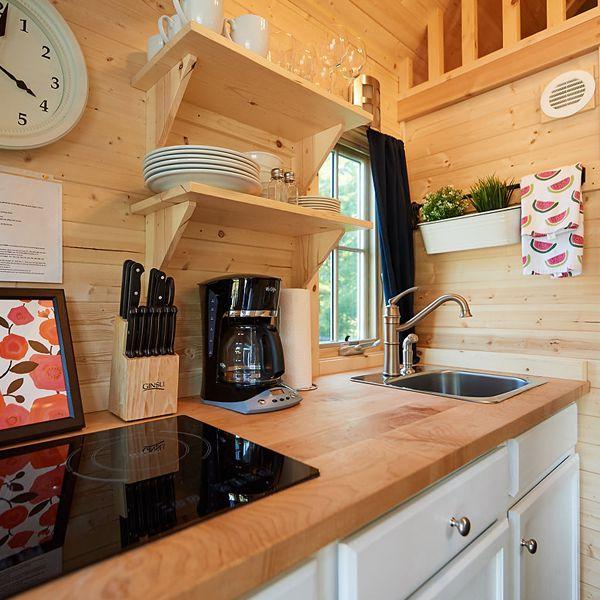 Clara Tiny House Photo 6